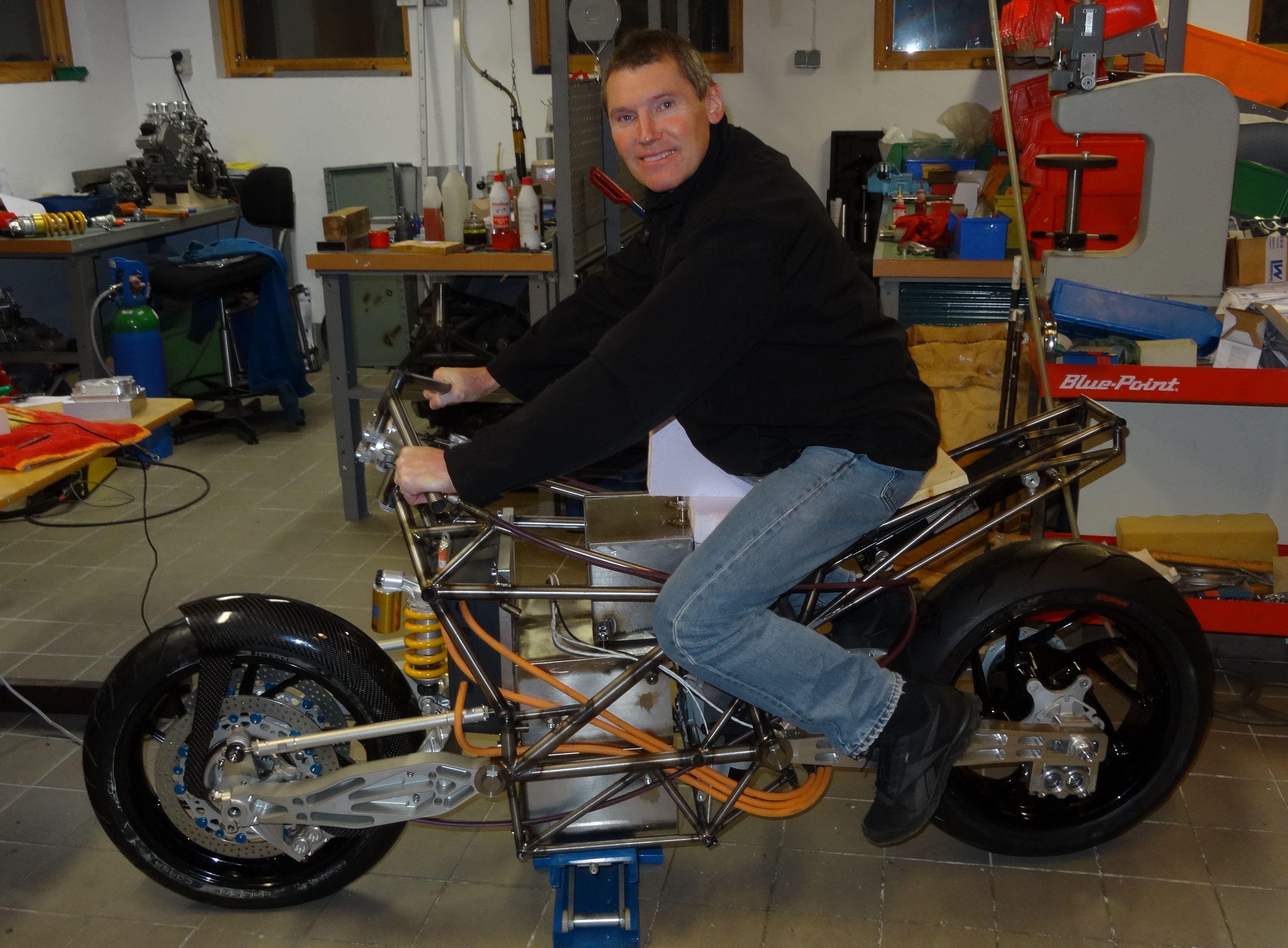 Gallery - Aliquis AB, Electric Superbike, EV superbike